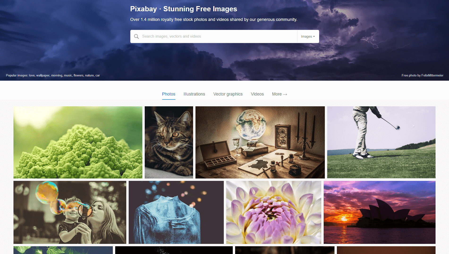 The Pixabay homepage.